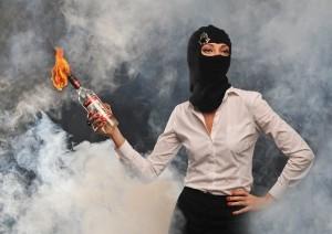 женщина-террорист-600x424