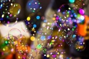разноцветные мыльные пузыри